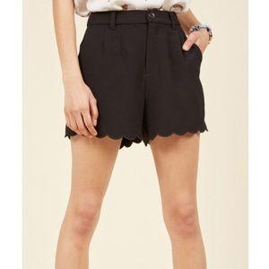 ModCloth Scalloped Hem Shorts